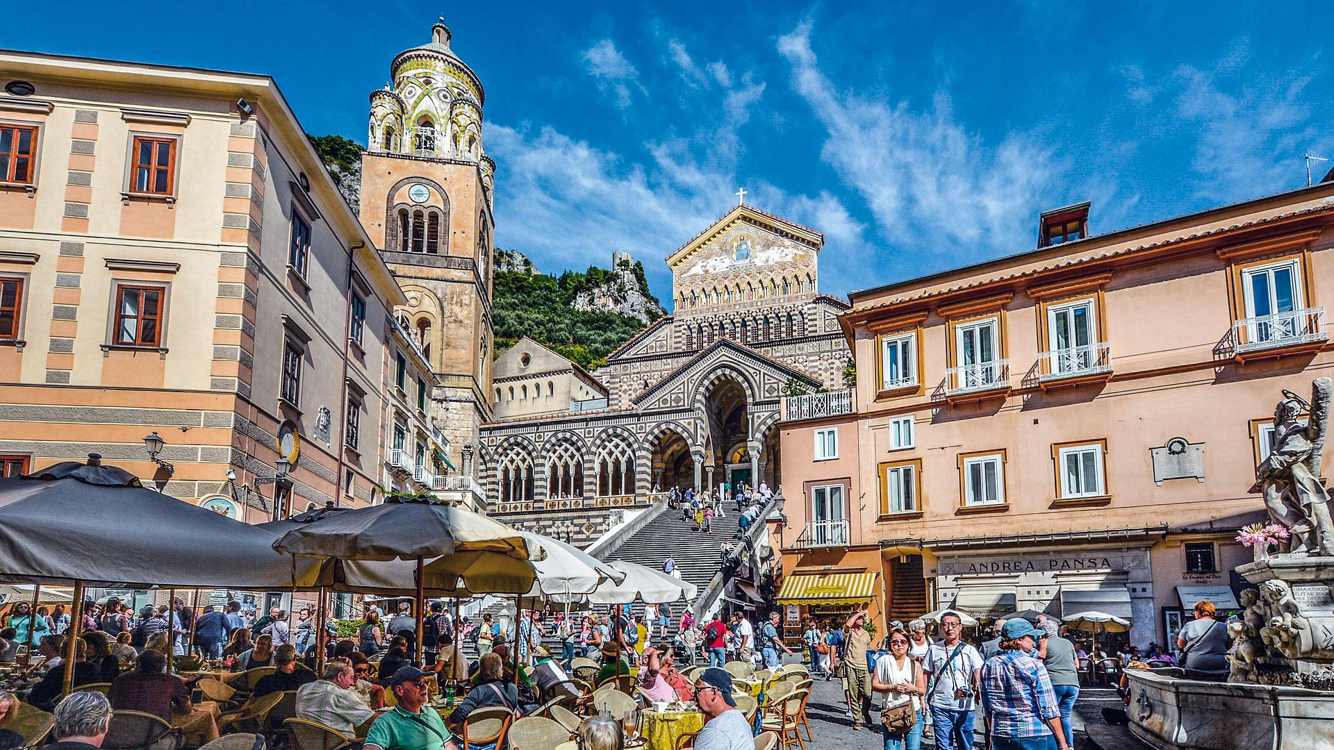 esperienza Piazza Amalfi - Duomo e fontana Sant Andrea Apostolo
